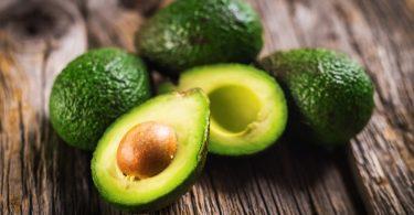 Schönheit durch Avocado: Selbstgemachtes für Haut und Haar