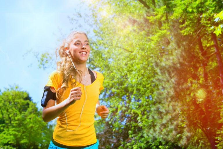 Laufen bei Hitze: Warum der Puls im Sommer höher ist