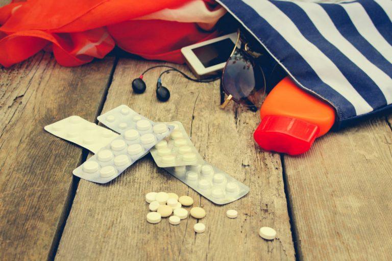 Homöopathische Reiseapotheke: Durchfall und Erbrechen im Urlaub