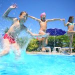 Spiele und Bastelideen für den Urlaub: Spiele im Wasser