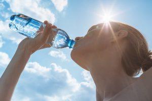 Stress im Sommer: Richtig trinken