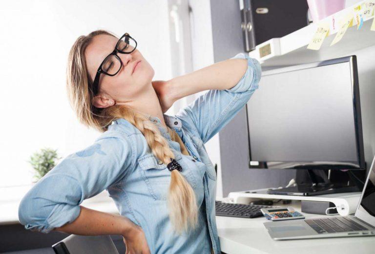 Nackenschmerzen: Verspannungen des Schulterhebers