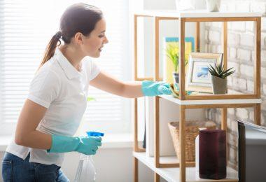 Die richtige Körperhaltung beim Putzen für einen gesunden Rücken