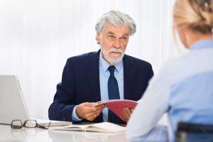 Vorstellungsgespräch: Kündigungsgründe erläutern, ohne frühere Arbeitgeber schlecht zu machen