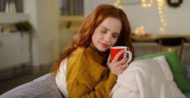Naturheilkunde: Hausmittel und Tee zur Vorbeugung von Infekten