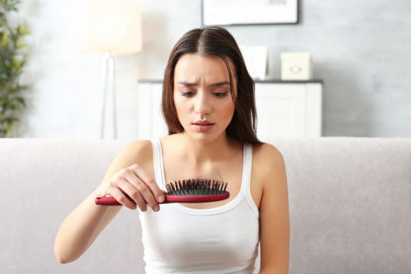 Haarausfall: Wenn Stress die Haare schwinden lässt