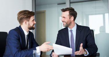 Gesprächsführung: Chefs lügen besser!
