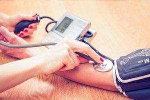 Tipps, wie Sie Ihren Blutdruck richtig messen sollten