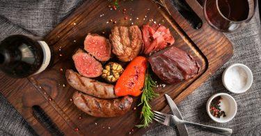 Montignac-Methode: Mit Fleisch und Alkohol abnehmen?