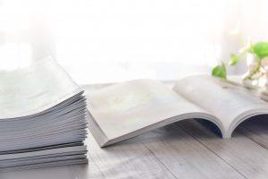 Kataloge im Büro gut und übersichtlich ordnen