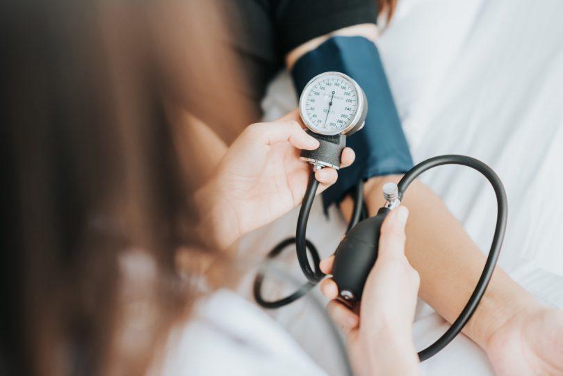 Bluthochdruck: Ist zu viel Stress schuld?