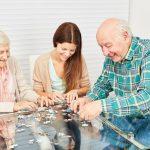 Beschäftigungsangebote für Menschen mit Demenz
