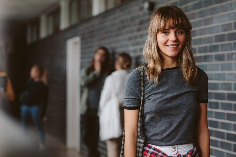 Homöopathie in der Pubertät: Glänzen wollen