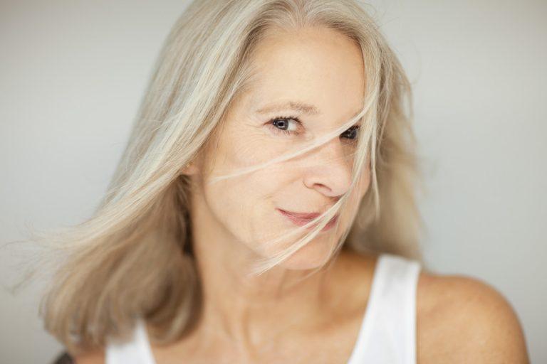 Wechseljahre und Homöopathie: Sind Hormone nötig?
