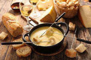 Leckeres Silvester: Käsefondue nach Schweizer Art