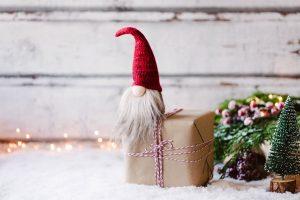 Wichteln an Weihnachten – spannendes Spiel mit Los und Würfel