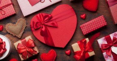 Gedichte zum Valentinstag: Liebesgedichte, Sprüche, SMS