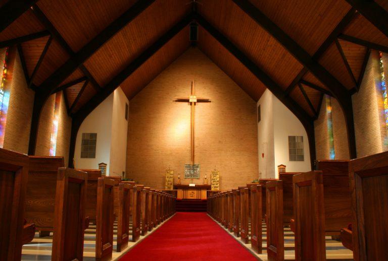 Amtsträger der katholischen Kirche richtig anschreiben