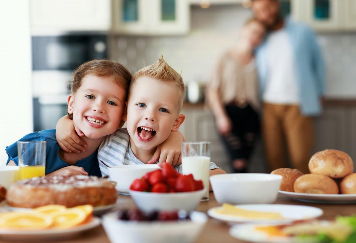 So lecker schmeckt gesundes Frühstück für Kinder