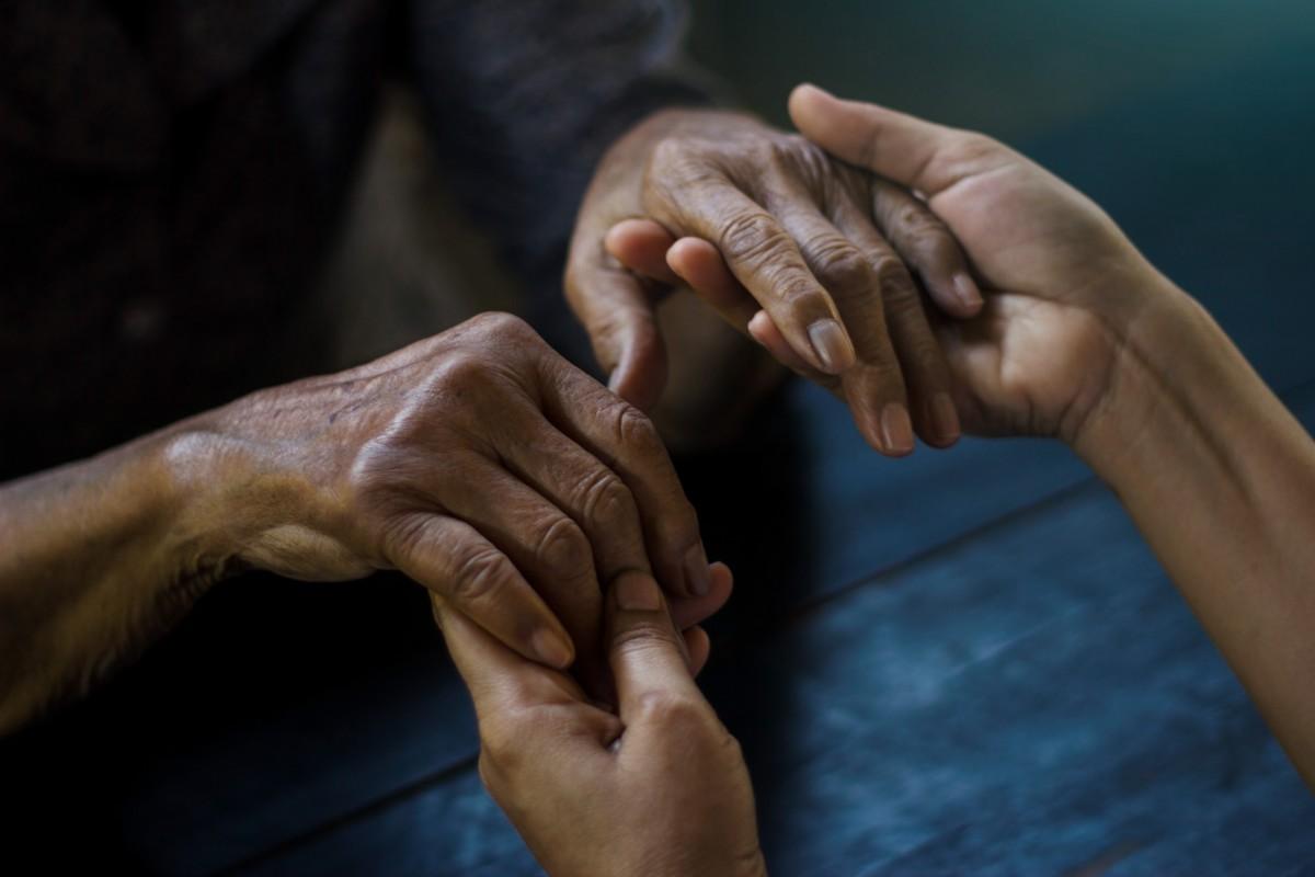 Alzheimer Demenz: Männer werden schusselig - Frauen krank