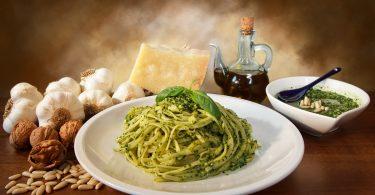 Pesto genovese: Ein köstlich duftendes Rezept aus Genua