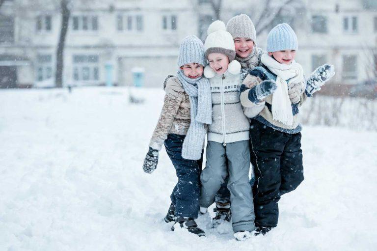 Spiele im Schnee für den Kindergeburtstag