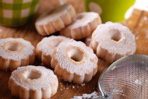 Weihnachtsgebäck aus Ligurien: Rezept für Canestrelli (Mandelkringel)