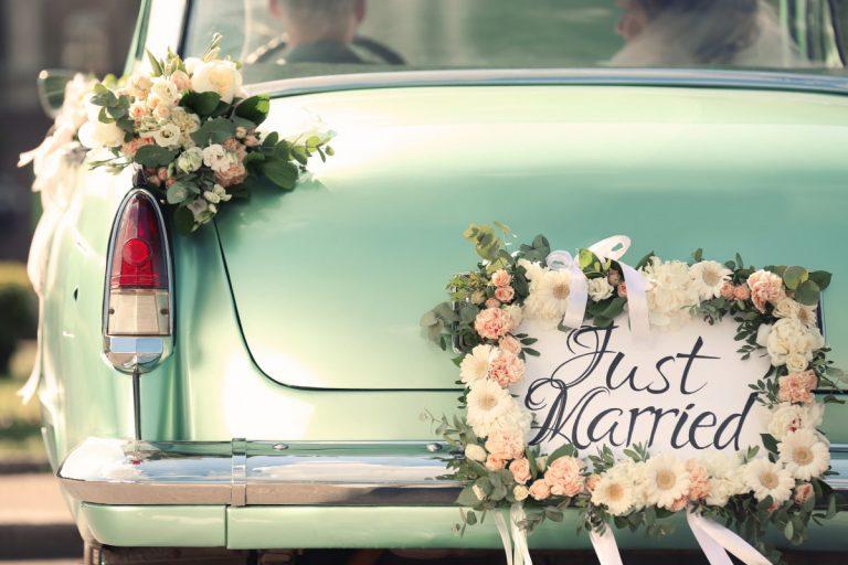 Das Hochzeitsauto: Mieten oder das Eigene nutzen?