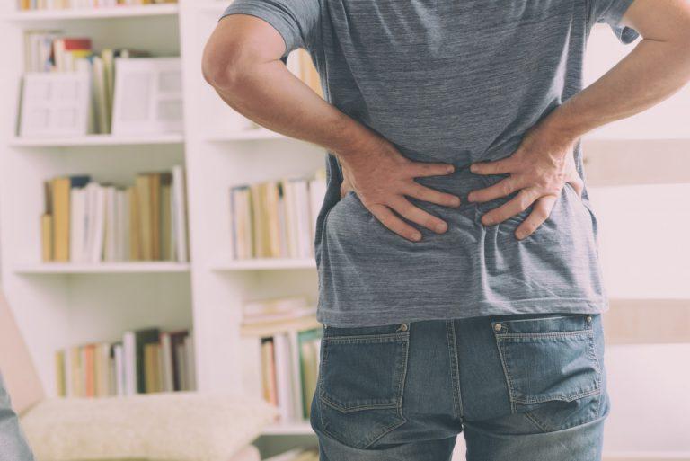Welcher Sport ist trotz chronischer Rückenschmerzen gesund?