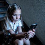 Kinder und Jugendliche sicher vor den Gefahren im Internet schützen
