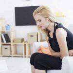 Magenschmerzen: Was kann die Ursache sein?