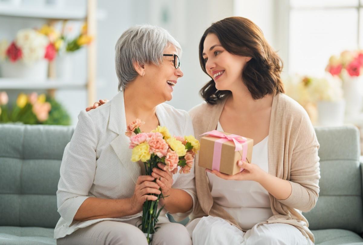 Muttertagssprüche für Muttertagskarten - so ist Danke sagen einfach
