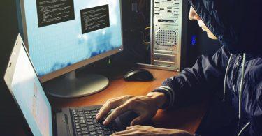 Risiko Mensch: Datenspionage am Arbeitsplatz verhindern