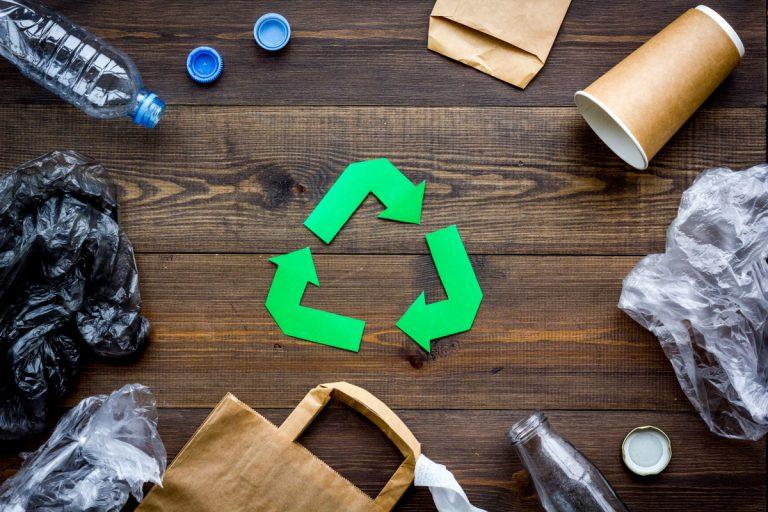 Recycling: Machen Sie Ihren Abfall zum neuen Produkt