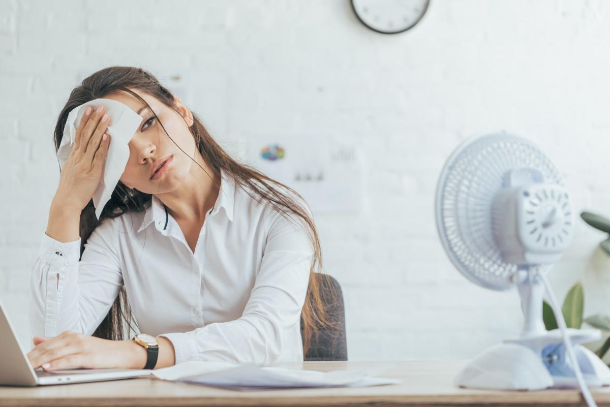 Hitze im Büro – woher bekommen Sie Kühlung?