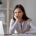 Kranke Mitarbeiter: Was Führungskräfte gegen Boreout tun können