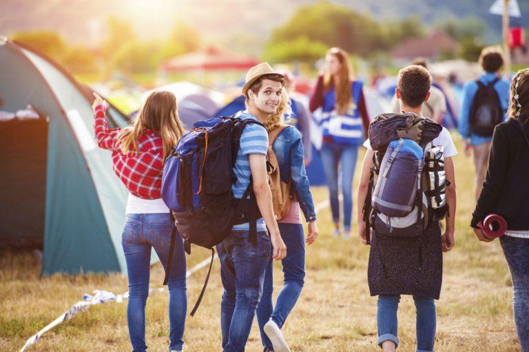 Wie eine Packliste für die Festival-Planung hilfreich sein kann