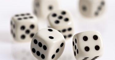 Spiele für unterwegs gegen Langeweile