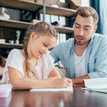 Wie Ihr Grundschüler die Hausaufgaben selbstständig erledigt