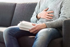 Naturheilkundliche Ernährungstipps bei Verdauungsbeschwerden