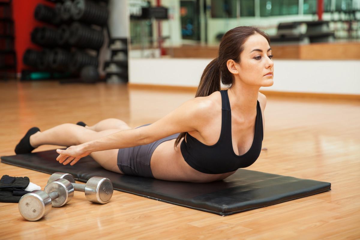 Schnelle Übungen für einen gestressten Rücken