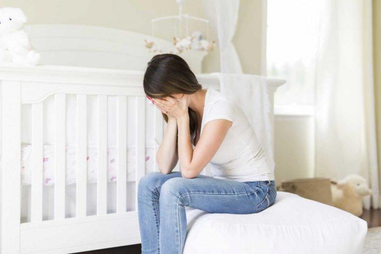 Trotz Baby traurig – Wochenbettdepressionen