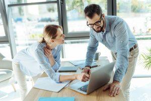 Auf besondere Empfehlung – Mitarbeiter werben neue Kollegen