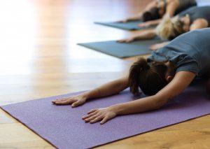 Yogaübungen für den Brustraum