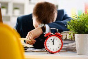 Arbeitsunfälle durch Zeitdruck vermeiden