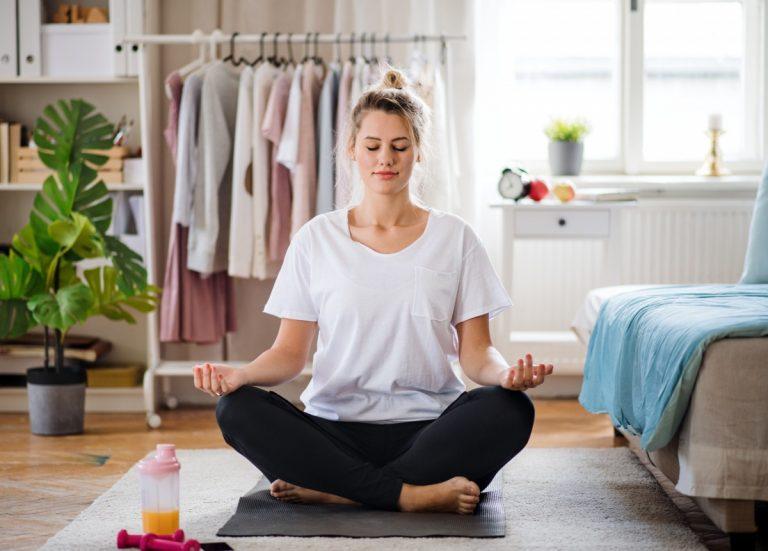 Einfache Yoga-Atem-Übung für innere Gelassenheit