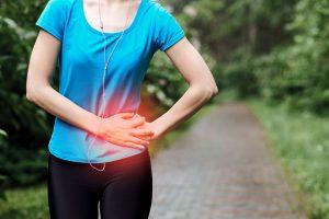 Wie vermeide ich Seitenstechen beim Laufen?