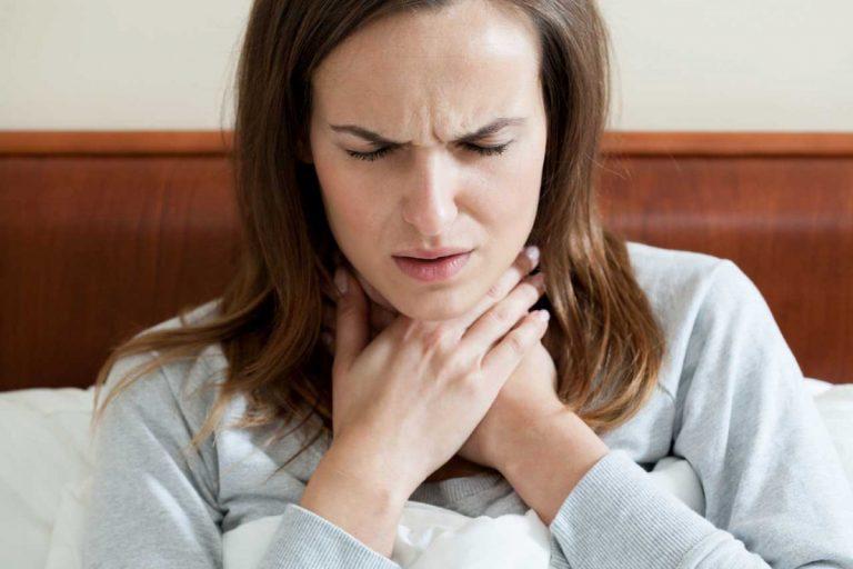 Halsschmerzen? Diese Hausmittel helfen