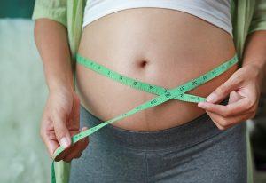 Übergewicht - Tipps gegen die hartnäckigen Schwangerschafts-Pfunde