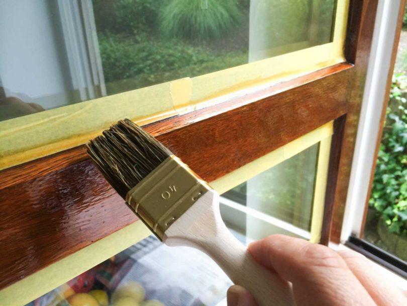 Streichen mit Pinsel – 5 Tipps für den richtigen Farbanstrich